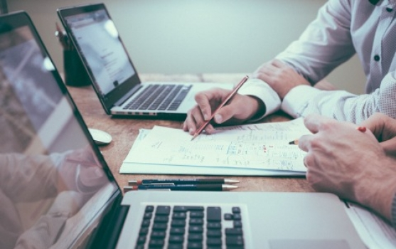 How to Know When Your Small Businesses Need Legal Translation